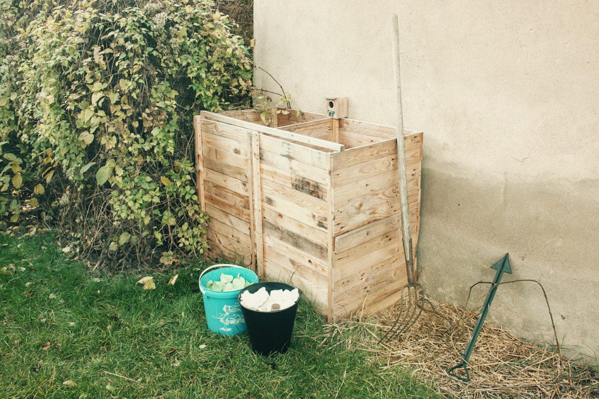 Compost jardin économique